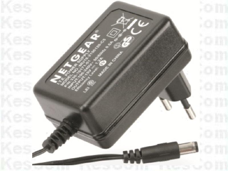 Netgear Original Netzteil 15V 1,2A Model MU18-2150120-C5   5,5 x2,1mm +Pol innen
